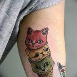 Фото рисунка тату кошка 09.10.2018 №045 - cat tattoo - tattoo-photo.ru