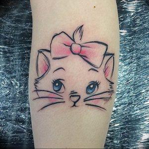 Фото рисунка тату кошка 09.10.2018 №181 - cat tattoo - tattoo-photo.ru