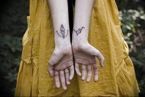 Фото рисунка тату оригами 12.10.2018 №120 - origami tattoo - tattoo-photo.ru