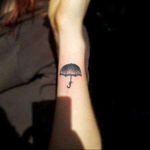 Фото рисунка тату зонтик 06.10.2018 №049 - tattoo umbrella - tattoo-photo.ru