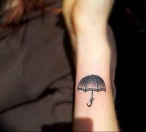 Фото рисунка тату зонтик 06.10.2018 №154 - tattoo umbrella - tattoo-photo.ru