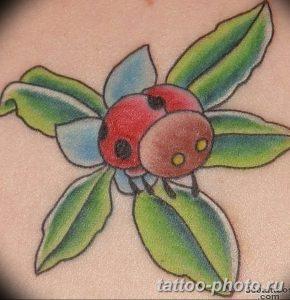 фото идея тату божья коровка 22.12.2018 №274 - photo ladybug tattool- tattoo-photo.ru
