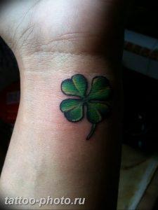 фото тату клевер четырехлистный 24.12.2018 №325 - four leaf clover tattoo - tattoo-photo.ru