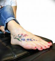 Фото тату цветок колокольчики 15.04.2019 №048 — ideas flower bells tattoo — tattoo-photo.ru