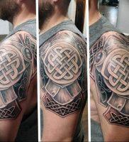 фото кельтский оберег тату 03.04.2019 №002 — celtic amulet tattoo — tattoo-photo.ru