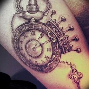 фото тату Ключ 03.05.2019 №159 - tattoo key - tattoo-photo.ru