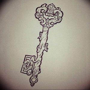 фото тату Ключ 03.05.2019 №160 - tattoo key - tattoo-photo.ru