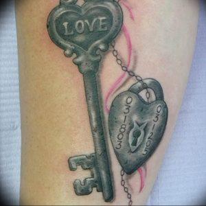 фото тату Ключ 03.05.2019 №217 - tattoo key - tattoo-photo.ru