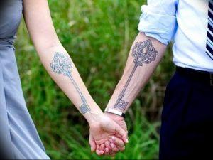 фото тату Ключ 03.05.2019 №220 - tattoo key - tattoo-photo.ru