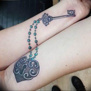 фото тату Ключ 03.05.2019 №238 - tattoo key - tattoo-photo.ru