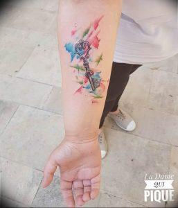 фото тату Ключ 03.05.2019 №241 - tattoo key - tattoo-photo.ru