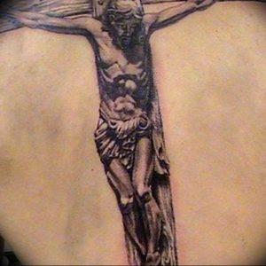 фото тату Распятие 01.05.2019 №041 - crucifix tattoo - tattoo-photo.ru