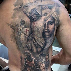 фото тату Распятие 01.05.2019 №042 - crucifix tattoo - tattoo-photo.ru