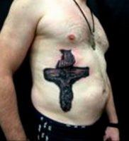 фото тату Распятие 01.05.2019 №045 — crucifix tattoo — tattoo-photo.ru