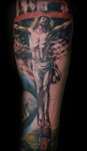 фото тату Распятие 01.05.2019 №046 - crucifix tattoo - tattoo-photo.ru