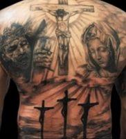 фото тату Распятие 01.05.2019 №056 — crucifix tattoo — tattoo-photo.ru