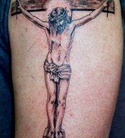 фото тату Распятие 01.05.2019 №058 — crucifix tattoo — tattoo-photo.ru
