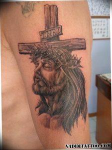 фото тату Распятие 01.05.2019 №087 - crucifix tattoo - tattoo-photo.ru