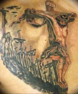 фото тату Распятие 01.05.2019 №096 - crucifix tattoo - tattoo-photo.ru