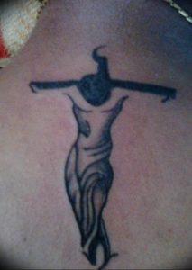 фото тату Распятие 01.05.2019 №105 - crucifix tattoo - tattoo-photo.ru