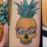 фото тату ананас 24.04.2019 №006 - tattoo pineapple - tattoo-photo.ru
