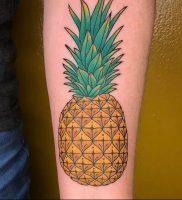 фото тату ананас 24.04.2019 №009 — tattoo pineapple — tattoo-photo.ru