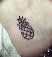 фото тату ананас 24.04.2019 №013 — tattoo pineapple — tattoo-photo.ru