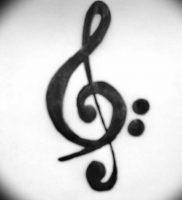 фото тату басовый ключ 01.05.2019 №064 — tattoo bass clef — tattoo-photo.ru