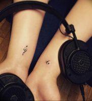 фото тату басовый ключ 01.05.2019 №078 — tattoo bass clef — tattoo-photo.ru