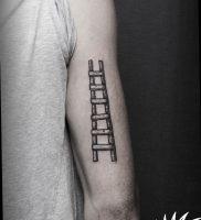 фото тату лестница 15.04.2019 №005 — tattoo ladder — tattoo-photo.ru