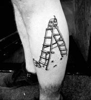 фото тату лестница 15.04.2019 №009 — tattoo ladder — tattoo-photo.ru