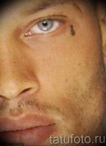 фото тату слеза 03.05.2019 №052 - tear tattoo - tattoo-photo.ru