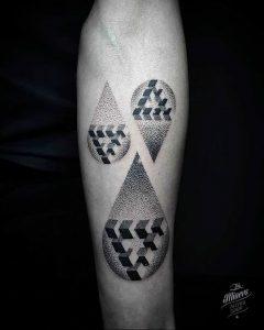 фото тату слеза 03.05.2019 №095 - tear tattoo - tattoo-photo.ru