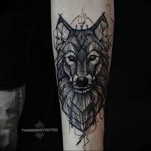 Фото тату волк 20.05.2019 №134 - photo tattoo wolf - tattoo-photo.ru