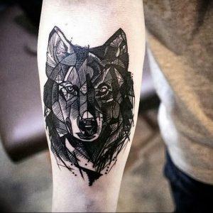 Фото тату волк 20.05.2019 №148 - photo tattoo wolf - tattoo-photo.ru