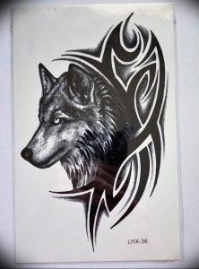 Фото тату волк 20.05.2019 №154 - photo tattoo wolf - tattoo-photo.ru
