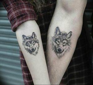 Фото тату волк 20.05.2019 №159 - photo tattoo wolf - tattoo-photo.ru