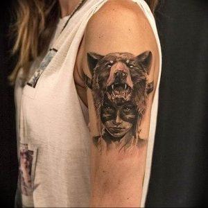 Фото тату волк 20.05.2019 №290 - photo tattoo wolf - tattoo-photo.ru