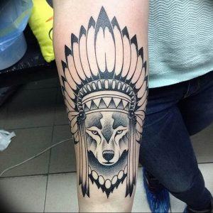 Фото тату волк 20.05.2019 №296 - photo tattoo wolf - tattoo-photo.ru