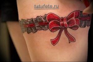Фото тату подвязка для чулков 20.05.2019 №007 - photo tattoo garter - tattoo-photo.ru