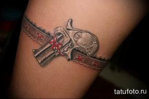 Фото тату подвязка для чулков 20.05.2019 №053 - photo tattoo garter - tattoo-photo.ru