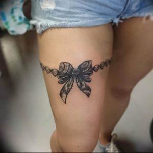 Фото тату подвязка для чулков 20.05.2019 №262 - photo tattoo garter - tattoo-photo.ru