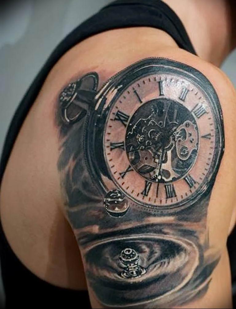 фото тату часов и обозначение