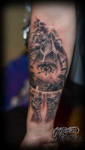 Фото тату часы 20.05.2019 №064 - photo tattoo watch - tattoo-photo.ru