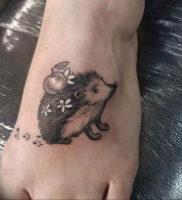 Фото вариант тату ежик 31.07.2019 №041 — tattoo hedgehog — tattoo-photo.ru