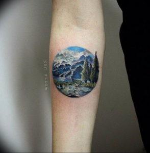 Фото тату горы в круге 23.07.2019 №004 - mountain tattoo in a circle - tattoo-photo.ru