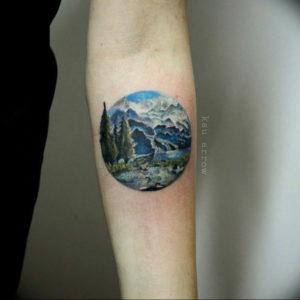 Фото тату горы в круге 23.07.2019 №005 - mountain tattoo in a circle - tattoo-photo.ru