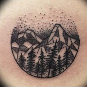 Фото тату горы в круге 23.07.2019 №057 - mountain tattoo in a circle - tattoo-photo.ru