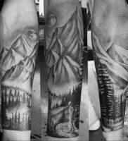 Фото тату горы мужские 23.07.2019 №030 — men's mountains tattoo — tattoo-photo.ru