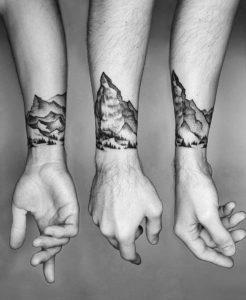Фото тату горы на запястье 23.07.2019 №011 - mountain tattoo on wrist - tattoo-photo.ru